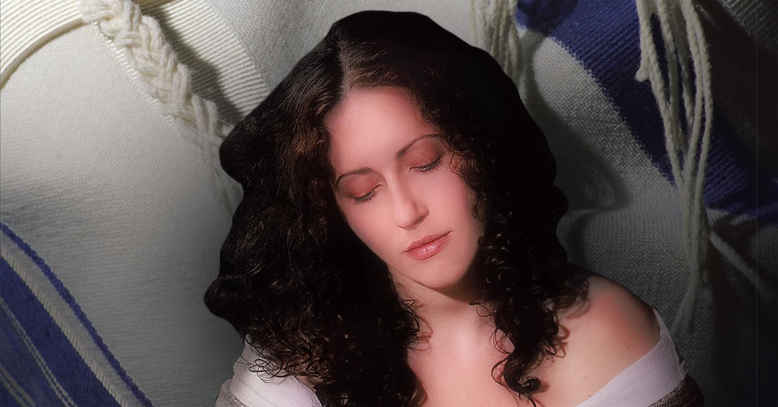 Author of Naomi, the Rabbi's Wife